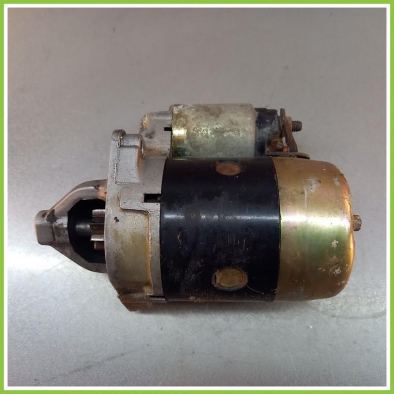 Motorino Avviamento MANDO 12V 0.9Kw HYUNDAI Accent 1994  Usato